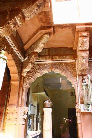 Gouri Heritage Haveli: Old architecture