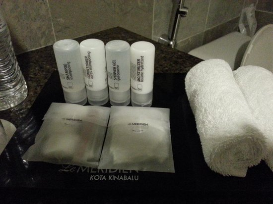 Le Meridien Kota Kinabalu: toiletries provided
