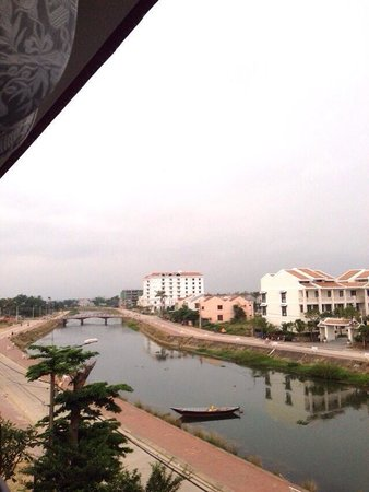 Little Hoian Boutique Hotel & Spa: View from balcony facing away from town