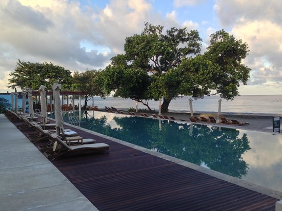Living Asia Resort and Spa Lombok : infinity pool was very nice