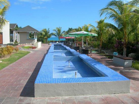 Hotel Cayo Santa Maria : fontaine pas encore en action, mais ça va venir...