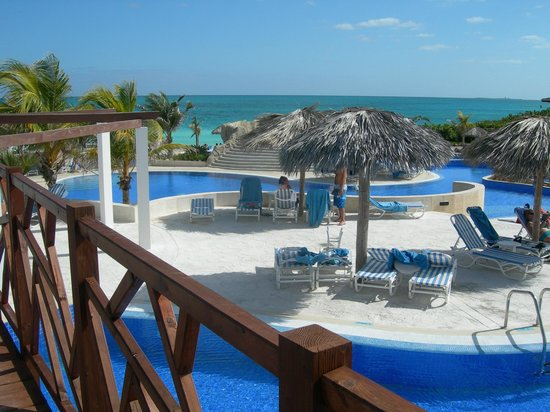 Hotel Cayo Santa Maria : une partie de la piscine à 3 paliers