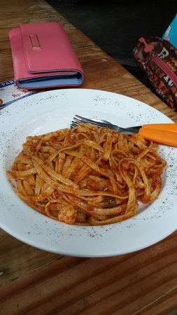 Spicy hot But the taste not really hot ��