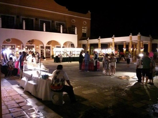 Dreams Tulum Resort & Spa: Night market