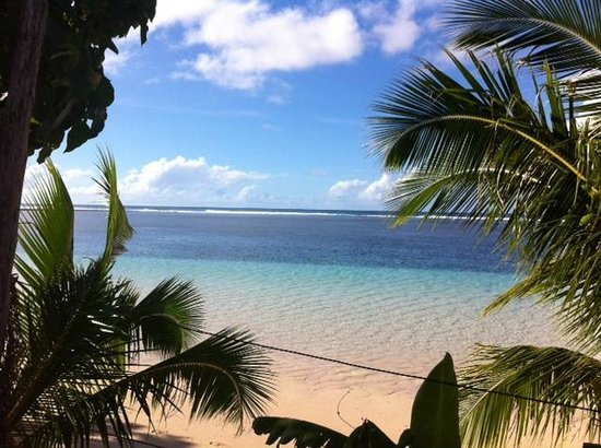 Tanu Beach Fales : the view from my beach fale