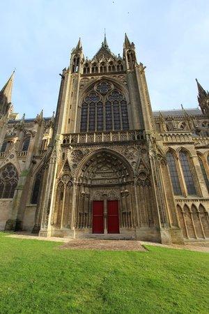 Villa Lara : Bayeux Cathedral