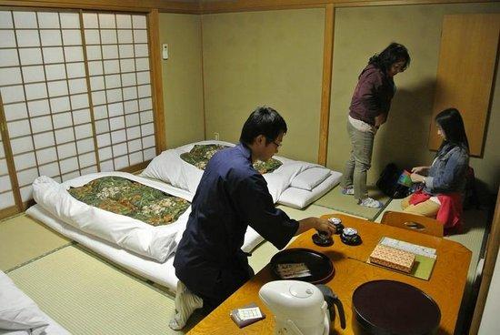 Ryokufuso: room