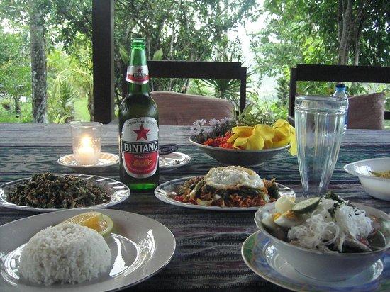 Patal Kikian: アラカルトの夕食