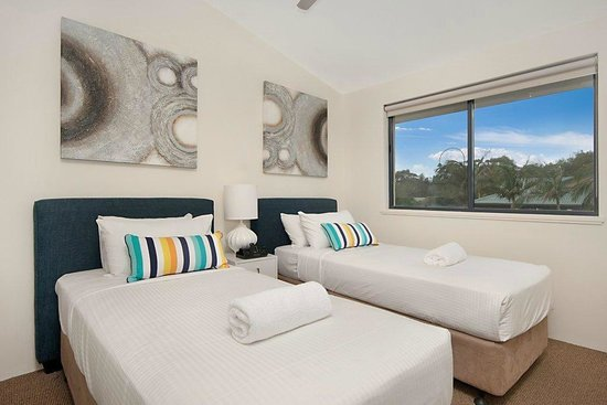 Byron Quarter Holiday Apartments : 2 Bedroom Superior second bedroom