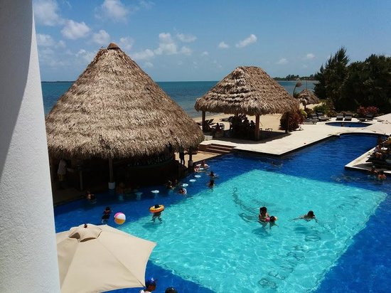 Belize Ocean Club Resort : view from our room
