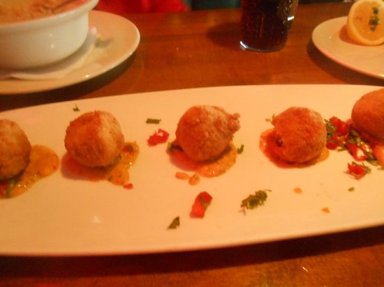 Landry's Seafood House : Crab & Crawfish Boulettes