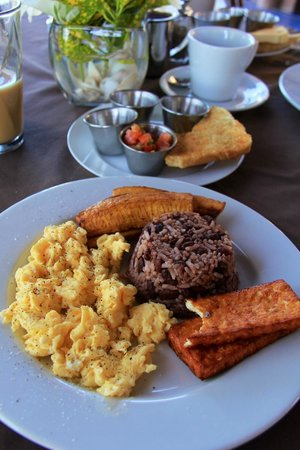 Gran Pacifica Beach and Golf Resort: Breakfast..my favorite meal of the day