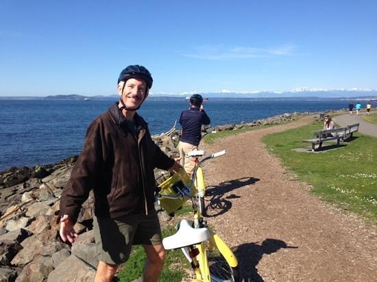 Hotel FIVE - A Staypineapple Hotel : bikes on bike trail