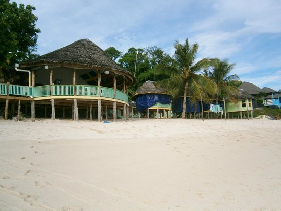 Taufua Beach Fales: Main dining area and fales