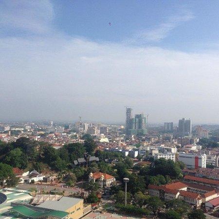 Hatten Hotel Melaka: Melaka skyline from 22f Hatten Hotel