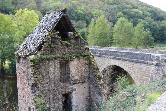 Hôtel Restaurant du Vieux Pont: Belcastel