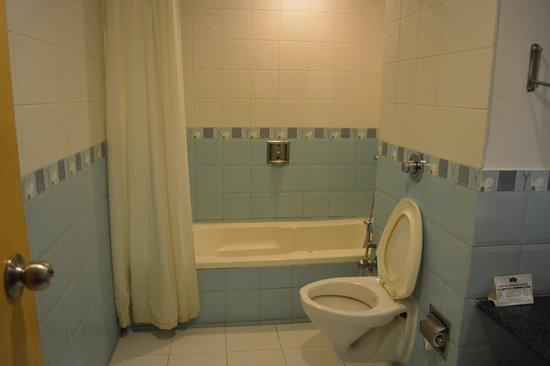Pai Vista: Bathroom View