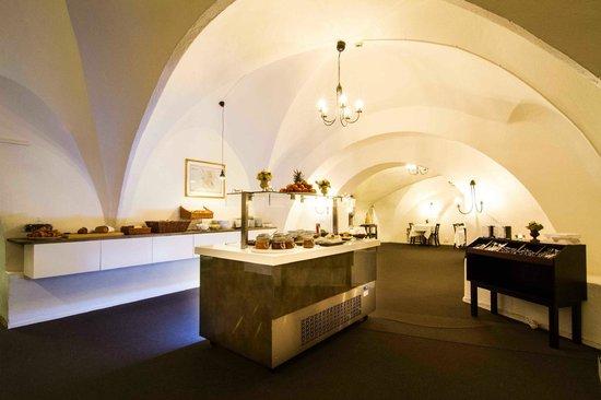 Mayfair Hotel Tunneln: Breakfast room