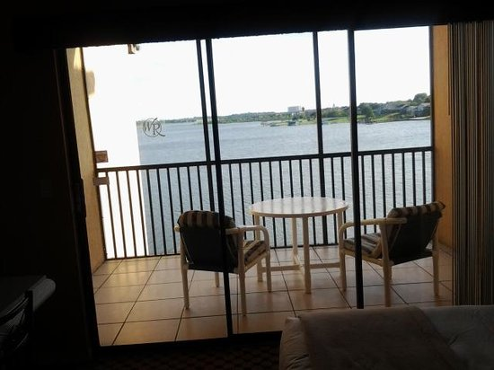 Westgate Lakes Resort & Spa: Beautiful, serene lakeview from 1BR suite patio