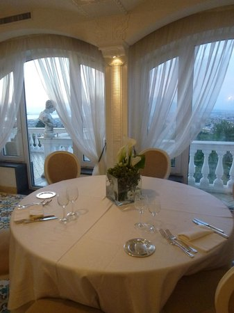La Medusa Hotel & BoutiqueSpa: Breakfast with a superb view