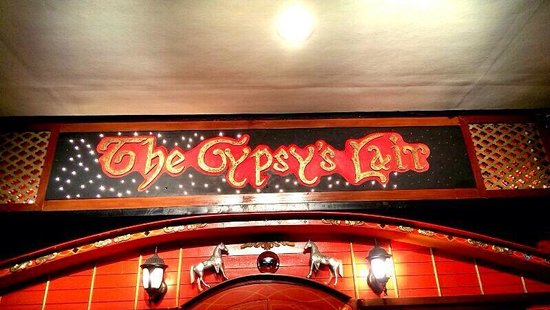 The Gypsy's Lair Art Cafe : Their overhead sign board