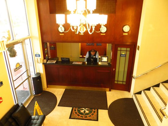Days Inn Jamaica - JFK Airport: Reception