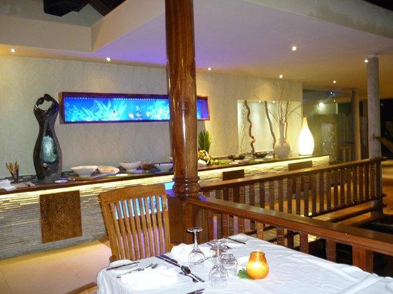 Le Duc de Praslin: le buffet du soir ( nouvel espace créé à fin 2013 )