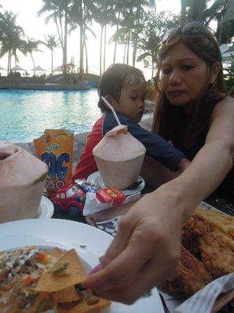 Sofitel Philippine Plaza Manila: Yum!