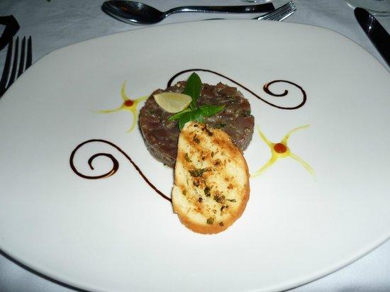 Le Duc de Praslin: Un merveilleux tartare de thon
