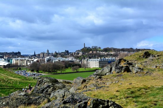 Holyrood Park : view of Carlton hill from Edinburgh