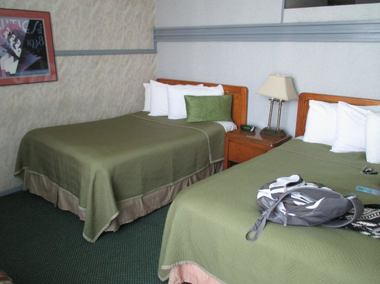 Travelodge Hotel LAX Los Angeles Intl: une chambre simple