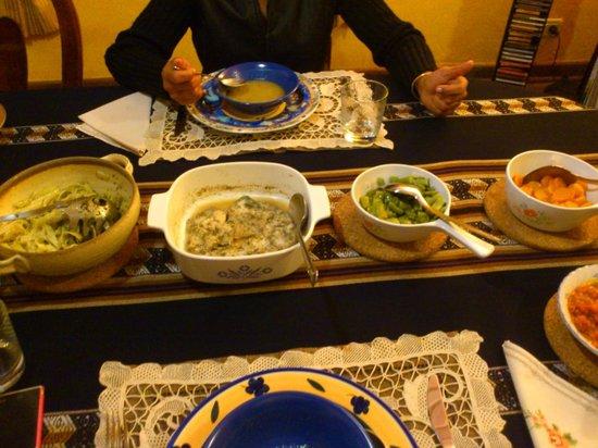 Cinnabar : homemade pesto, tomato sauce pasta and steamed veg, garlic&dill snapper, yumm!!