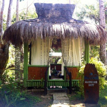 Daluyon Beach and Mountain Resort : Massage hut