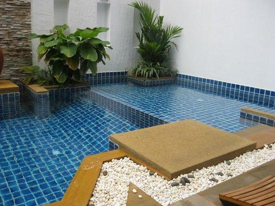 Arimana Hotel: Hotel pool