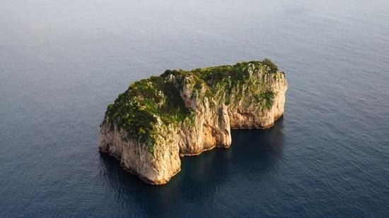 Magi House Relais : capri hiking. 20 min by boat from Sorrento