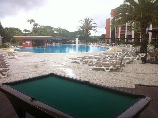 Falesia Hotel : Áreas amplas e muito convidativas