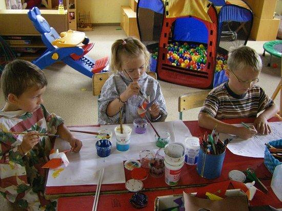 Puttererseehof: Kinderprogramm im Spielzimmer