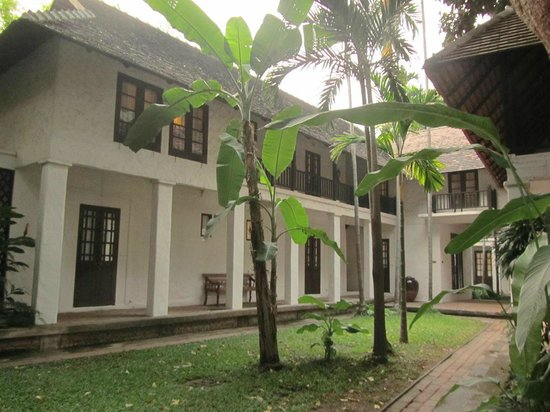 Tamarind Village: Around hte hotel