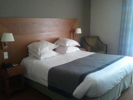 New Hotel Bompard: Chambre