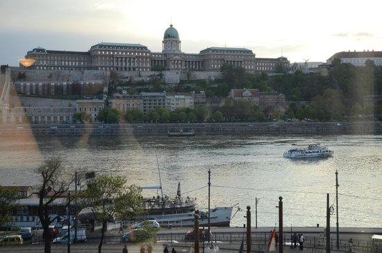 Sofitel Budapest Chain Bridge: View of 315