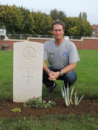 Pheasant Wood Military Cemetery: In memory of Pvt A J Clingan
