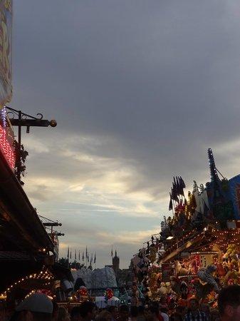 Blauer Turm: view of the 'blaue turm' from the yearly fair called 'talmarkt'