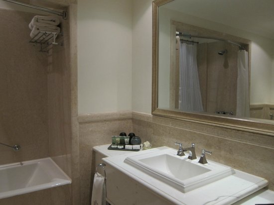The Imperial Hotel: Bathroom with double sinks