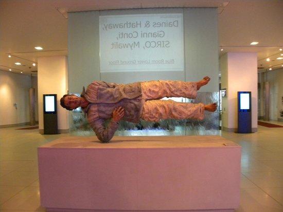 The Cumberland: Lobby