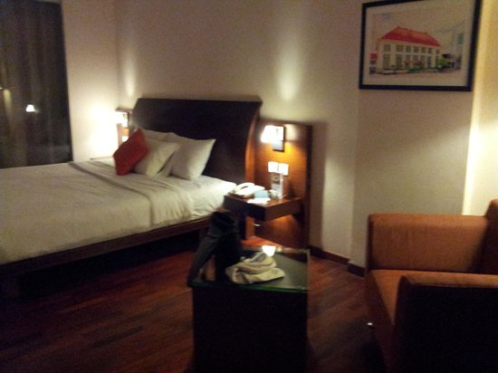The Luxton Bandung: Double Bed