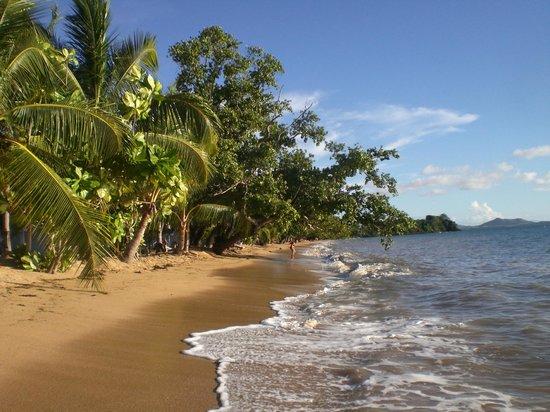 VOI Amarina resort: Spiaggia con alta marea