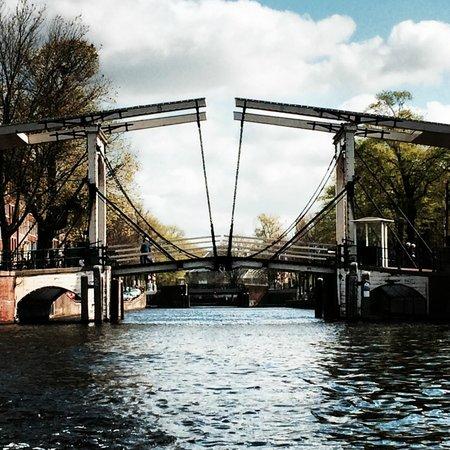 Hotel Den Haag-Wassenaar: Amsterdam from a canal boat trip.
