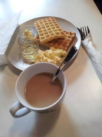 Park 22 Hotel: Nice breakfast