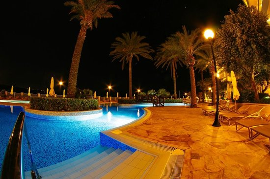 Radisson Blu Resort & Spa, Malta Golden Sands : Pool area