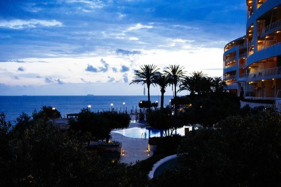 Radisson Blu Resort & Spa, Malta Golden Sands : Nice location!